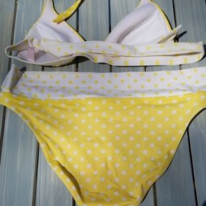 Victoria's Secret Swim - 💛VICTORIA'S SECRET YELLOW POLKA DOT BIKINI